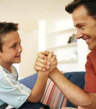 爸爸别再偷懒啦  你带孩子越久孩子就越聪明