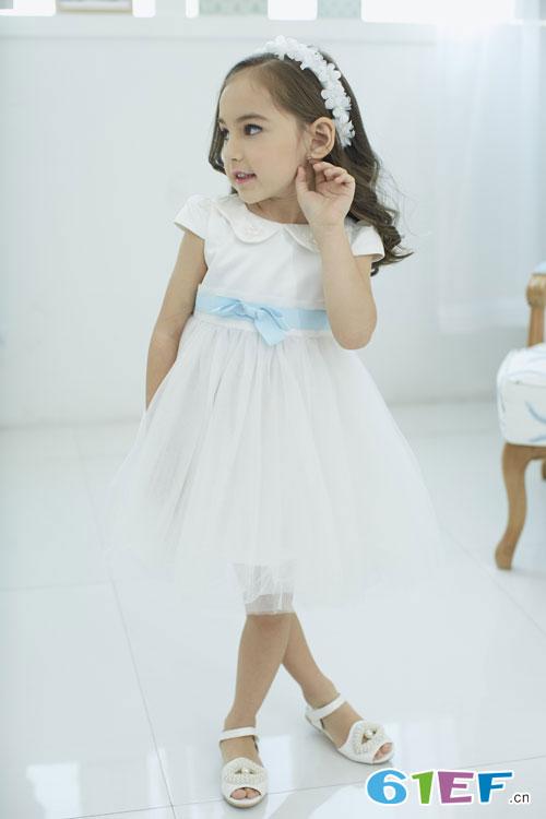 夏日换新装 韩维妮的童装新品才是初夏的正确打开方式