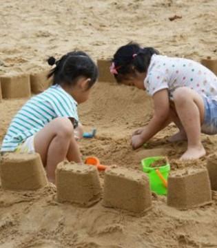 沙子进了孩子的眼睛和耳朵  家长应该怎么处理