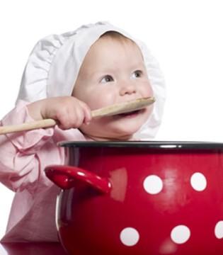 夏天宝宝辅食制作有窍门  煮蔬菜时可在水中加盐