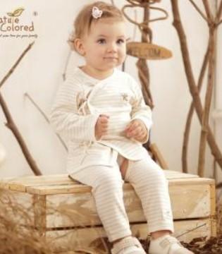 开裆裤究竟该不该给宝宝穿 儿科医生是这么说的