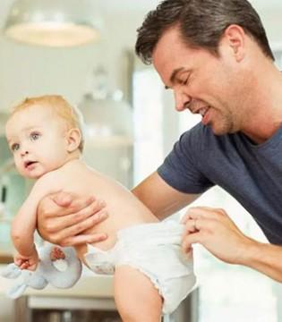 纸尿裤用得对宝宝不再红屁股  以下这些方法都是错的