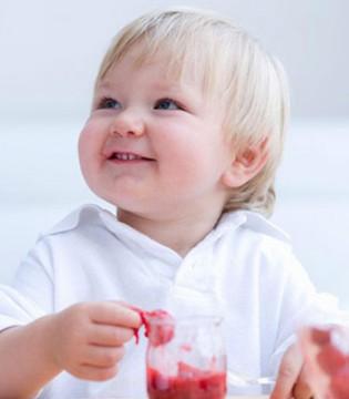 这宝宝咋这么聪明  耐心和宝宝交流能激发孩子潜能
