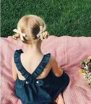 当蝴蝶结遇上公主  安妮教你公主发卡搭配造型