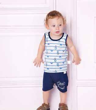 KIDSWOW simple哇喔森堡童装就是能穿上身的绘本