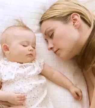 宝宝什么时候开始用枕头 原来之前的观念全错了