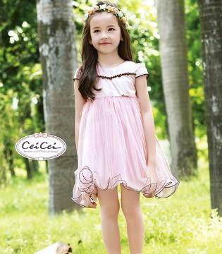 熙熙童装用公主连衣裙展示新时代女童似公主般的高贵与美丽