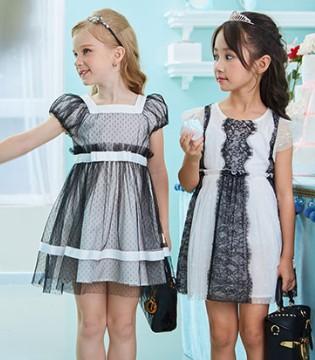 小女孩穿上小象Q比SEQB童装就会成为美腻的小公举