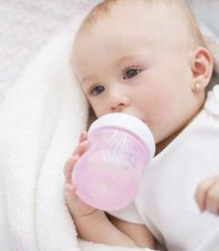 宝宝可以经常换奶粉吗 奶粉喂养宝宝须知