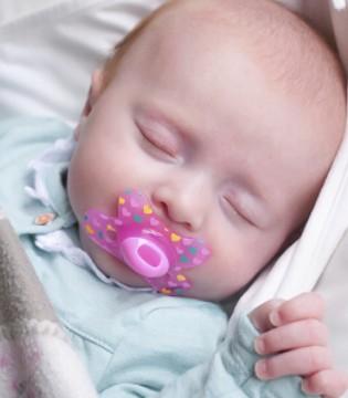 安抚奶嘴好吗 宝宝该如何使用安抚奶嘴