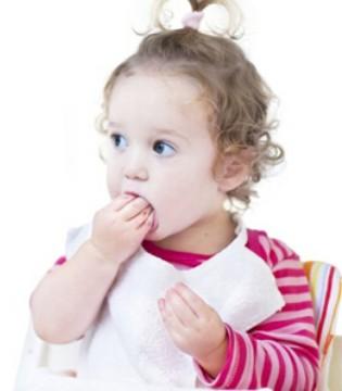 宝宝几天不大便 究竟是攒肚还是便秘
