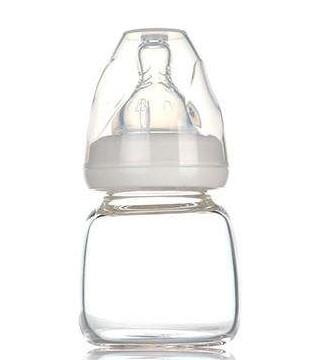 婴幼儿奶瓶亟需完善国标 保障质量合格