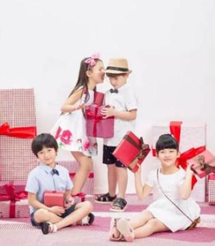 来对了地方天天都能收礼物 天天都是儿童节