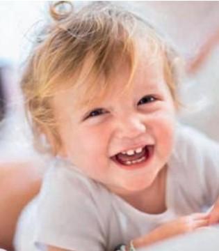 宝宝牙齿有黑斑怎么办 是长蛀牙了吗