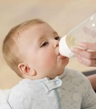 母乳不够怎么办? 你该混合喂养了