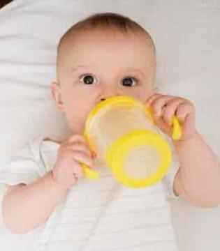 宝宝转换奶粉就会拉肚子 那是为什么呢