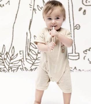 宝宝穿衣的技巧和步骤 妈妈们都get了吗