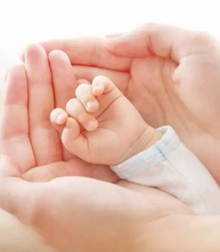 宝宝指甲发现异常长倒刺是缺乏维生素吗