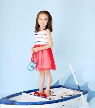 夏日新品 嗒嘀嗒童装红色元素的热情活泼