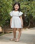 父爱如衫 就如那小女孩都喜欢的E.D.A棉花驿站品牌童装
