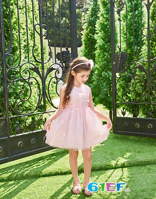卡莎梦露品牌童装用心打造专属于618父亲节的欢乐时光
