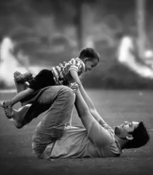 父爱无言却博大深沉 父爱无语却真挚长久