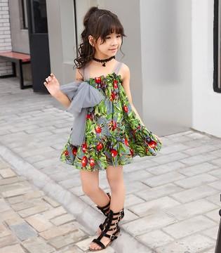 身穿酷比小捍马品牌童装的你不要忘了不在高兴时轻许诺言