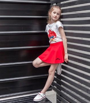 和1001夜品牌童装一起打造童话世界 用童趣启迪童心