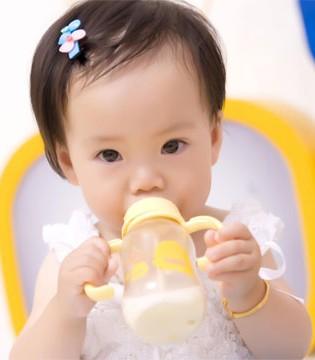 警惕宝宝辅食的黑榜 添加辅食应该遵循的原则