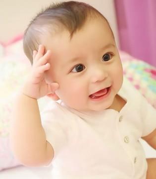 如何知晓宝宝奶粉上火 眼屎增多家长要重视