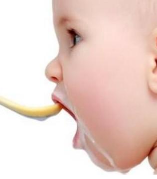 夏季给宝宝正确添加辅食 千万要注意这五点