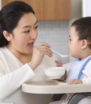 给宝宝喂药的禁忌 大部分的妈妈都在犯