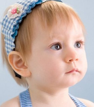 小儿夏季感冒有三因素 防感冒可多吃深颜色水果