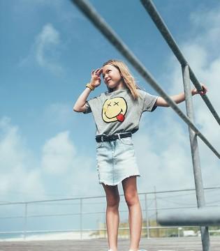 西班牙潮牌Zara最新女童装LOOKBOOK释出 开心很简单
