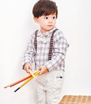 让宝宝在SAMBEDE三木比迪品牌童装的陪伴下健康地成长