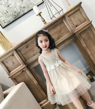 回忆童年 感谢那美好的童衣汇品牌童装陪伴在身边