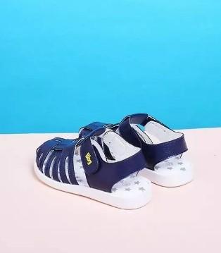 Bbg童鞋每个男孩子心中 都有一个属于自己的变形金刚