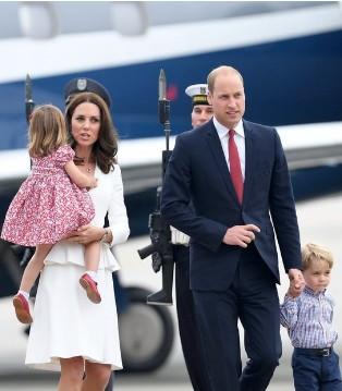 威廉王子、凯特王妃一家四口出访波兰