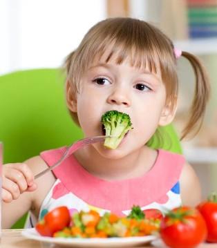 让宝宝爱上吃蔬菜的小技巧 多吃蔬菜好处在哪