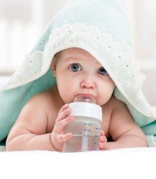 如何选择婴儿水杯 这10款海外热销学饮杯为什么这么火