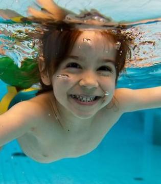 夏季游泳要注意防范的四种病 女人小孩更要注意