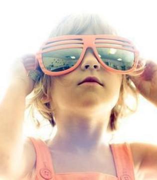 孩子几岁能带太阳镜 这三种儿童太阳镜不合格