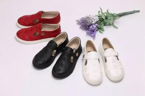巴巴童鞋秋季新品上市 一大波巴巴童鞋新款来袭