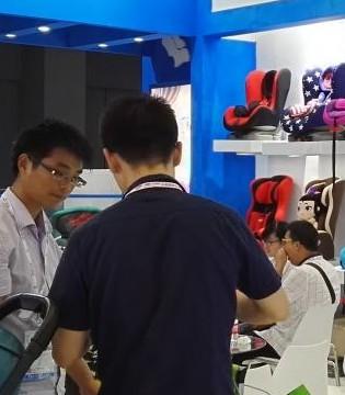 河南企业亮相第17届CBME中国孕婴童展童装展