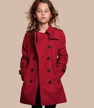英国奢侈品牌Burberry最新女童装2017秋季风衣系列