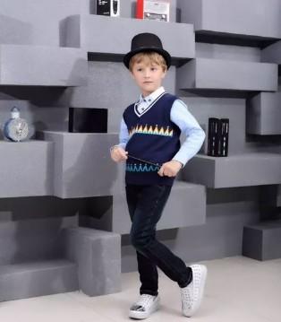 叮当猫秋冬新品 男大童之百变魔法师让你时尚变装