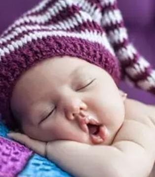 西倍健:宝宝睡觉时突然大哭 到底为什么