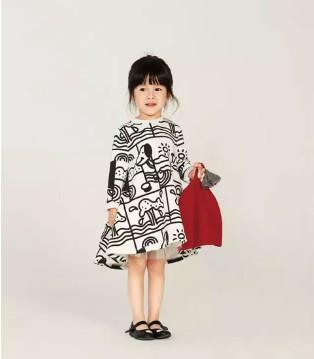 Qimoo童装秋装新品 在我的衣服上画个狗狗的故事