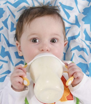 换奶粉小知识 奶粉可以换但不宜太频繁