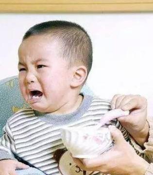宝宝不爱吃辅食只喜欢喝奶 怎么办